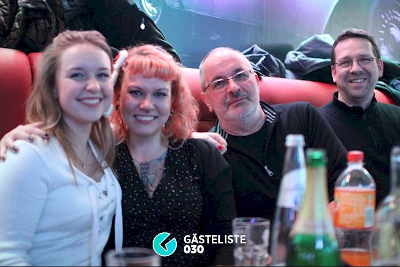 https://www.gaesteliste030.de/Partyfoto #37 Knutschfleck Berlin vom 05.12.2015