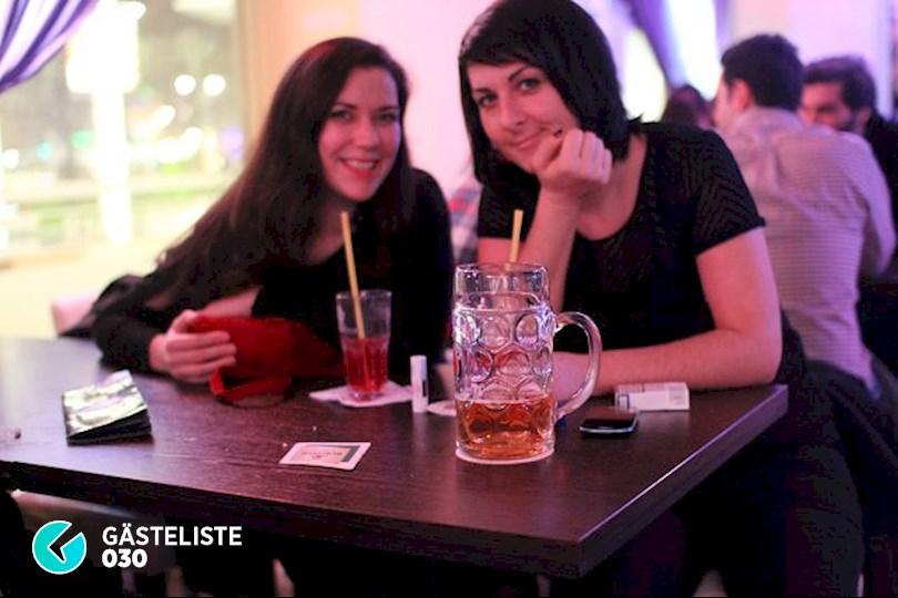 https://www.gaesteliste030.de/Partyfoto #41 Knutschfleck Berlin vom 12.12.2015