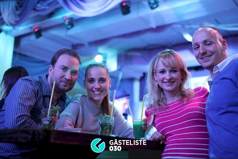 https://www.gaesteliste030.de/Partyfoto #35 Knutschfleck Berlin vom 19.12.2015