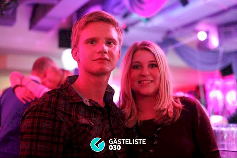 https://www.gaesteliste030.de/Partyfoto #33 Knutschfleck Berlin vom 19.12.2015