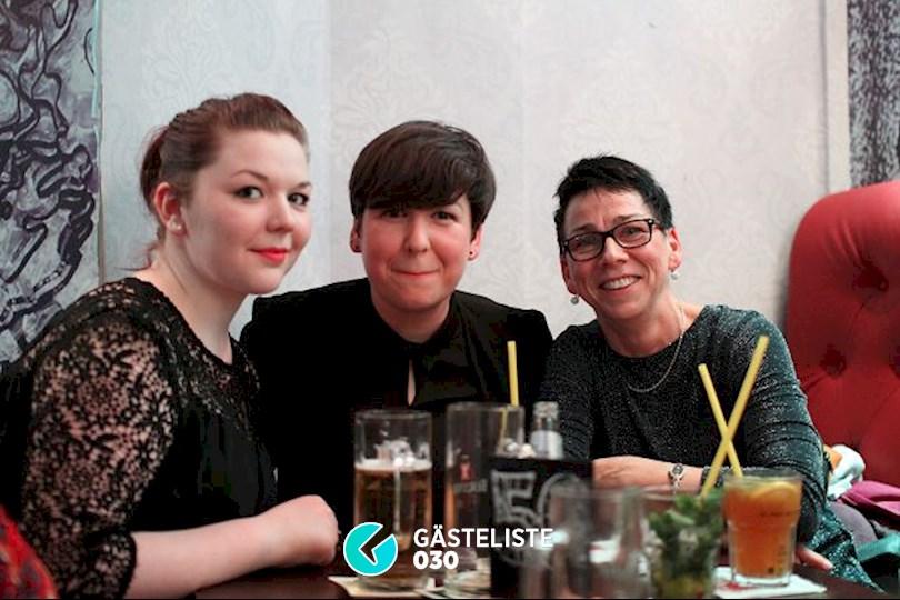 https://www.gaesteliste030.de/Partyfoto #9 Knutschfleck Berlin vom 19.12.2015