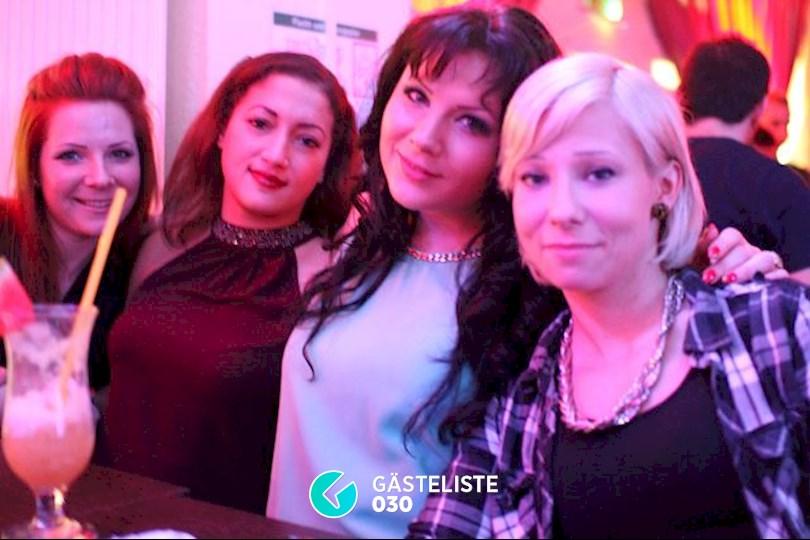 https://www.gaesteliste030.de/Partyfoto #50 Knutschfleck Berlin vom 19.12.2015