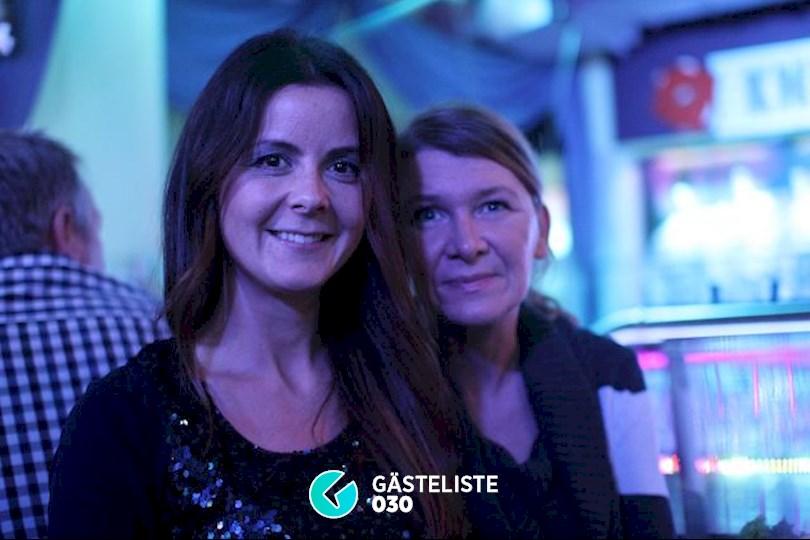 https://www.gaesteliste030.de/Partyfoto #36 Knutschfleck Berlin vom 19.12.2015