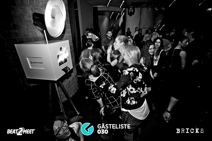 https://www.gaesteliste030.de/Partyfoto #7 Bricks Berlin vom 25.12.2015