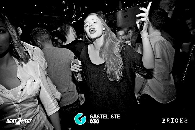 https://www.gaesteliste030.de/Partyfoto #44 Bricks Berlin vom 25.12.2015