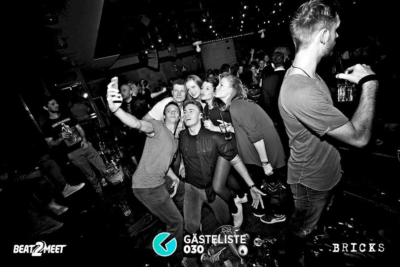 https://www.gaesteliste030.de/Partyfoto #95 Bricks Berlin vom 25.12.2015