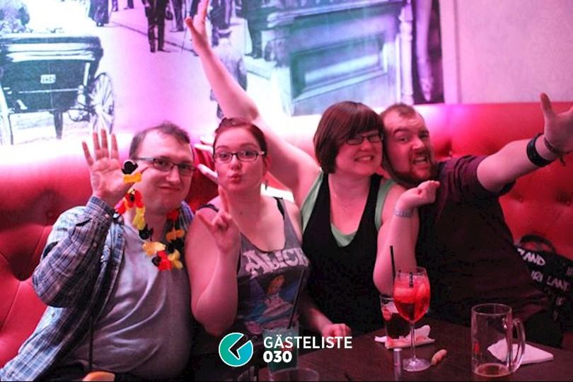 https://www.gaesteliste030.de/Partyfoto #9 Knutschfleck Berlin vom 01.04.2016