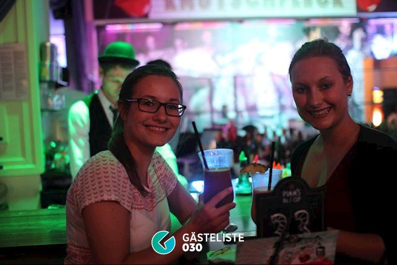 https://www.gaesteliste030.de/Partyfoto #8 Knutschfleck Berlin vom 22.10.2016