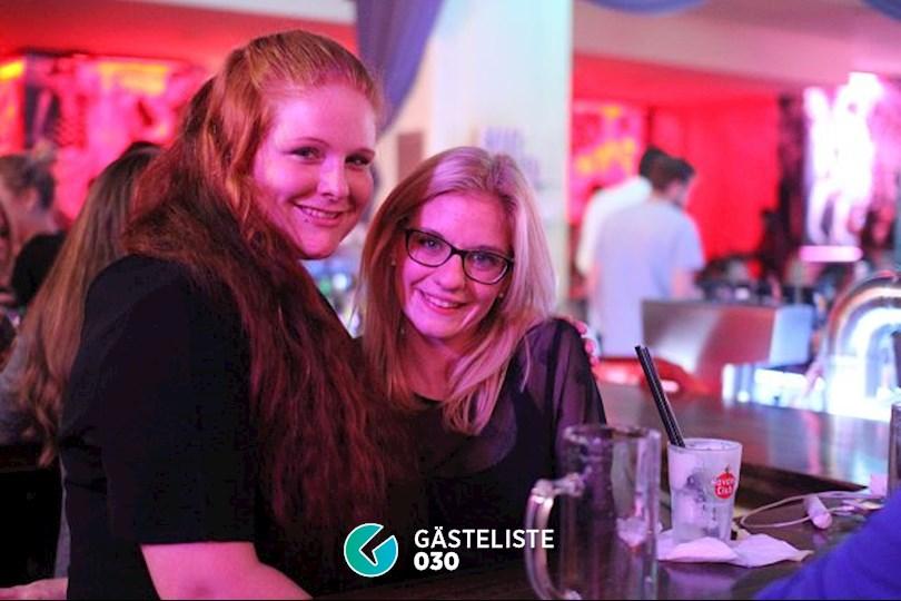 https://www.gaesteliste030.de/Partyfoto #9 Knutschfleck Berlin vom 22.10.2016