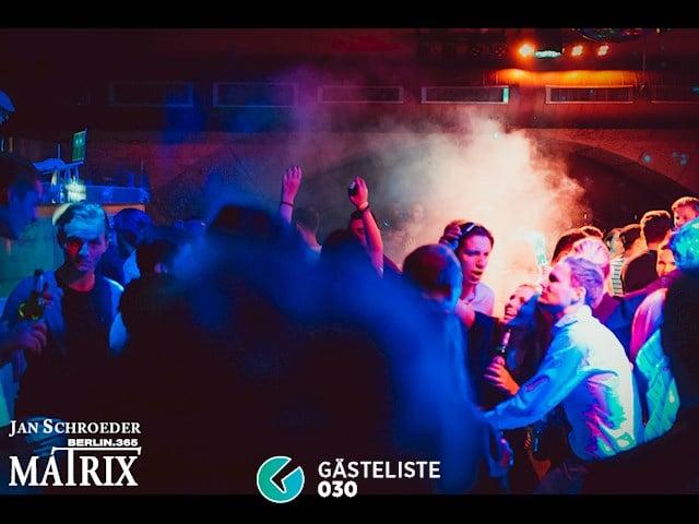 Partypics Matrix 09.11.2016 Electric Girl: freier Eintritt für Ladies bis 0 Uhr