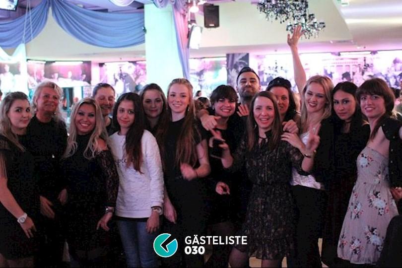 https://www.gaesteliste030.de/Partyfoto #4 Knutschfleck Berlin vom 09.12.2016