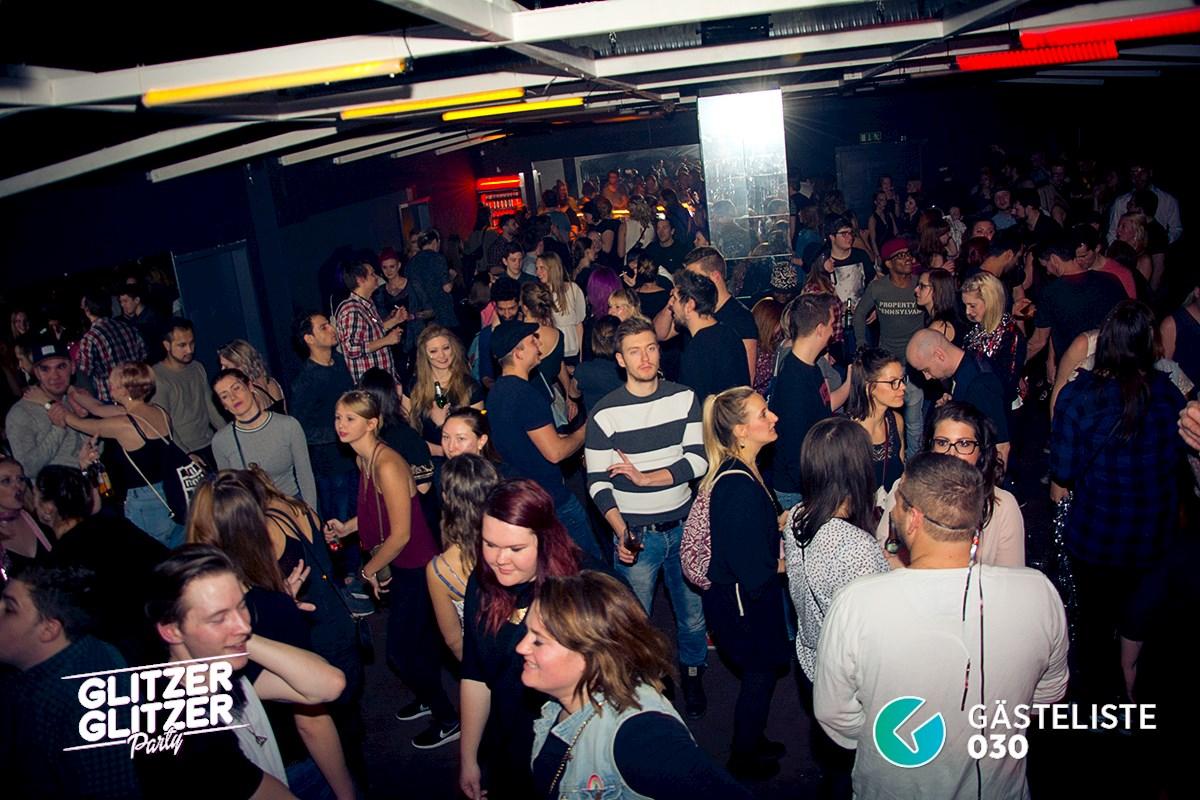 Partyfoto #18 Musik & Frieden 11.02.2017 Glitzer Glitzer Party