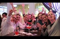 Partyfotos Knutschfleck 14.04.2018 Knutschfleck Berlin - die erste Cocktailbörse mit Show-Entertainment