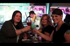 Partyfotos Knutschfleck 21.04.2018 Knutschfleck Berlin - die erste Cocktailbörse mit Show-Entertainment