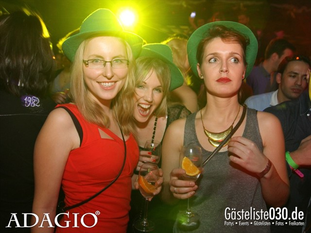 https://www.gaesteliste030.de/Partyfoto #40 Adagio Berlin vom 21.12.2012