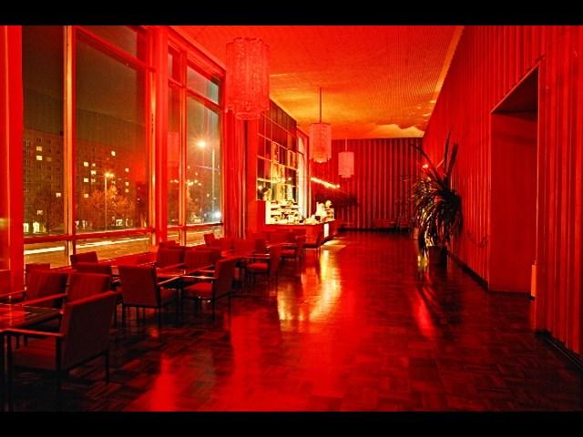 kino international berlin g steliste030. Black Bedroom Furniture Sets. Home Design Ideas
