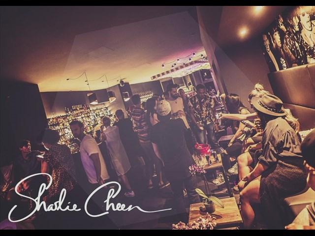 Sharlie Cheen Bar Berlin Foto #1 aus der Location