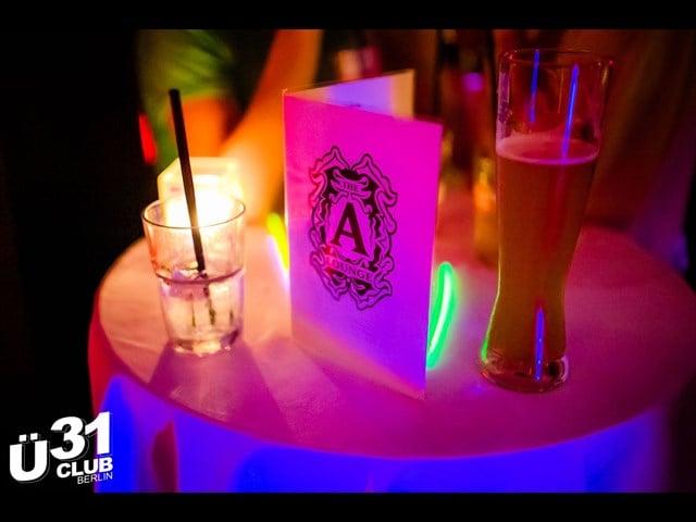 Alberts berlin single party