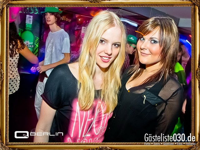 https://www.gaesteliste030.de/Partyfoto #68 Q-Dorf Berlin vom 08.12.2012