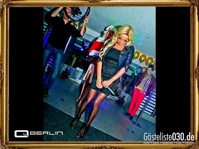 https://www.gaesteliste030.de/Partyfoto #214 Q-Dorf Berlin vom 08.12.2012
