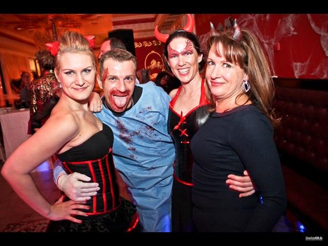 https://www.gaesteliste030.de/Partyfoto #2 Eierschale Dahlem Berlin vom 27.10.2012