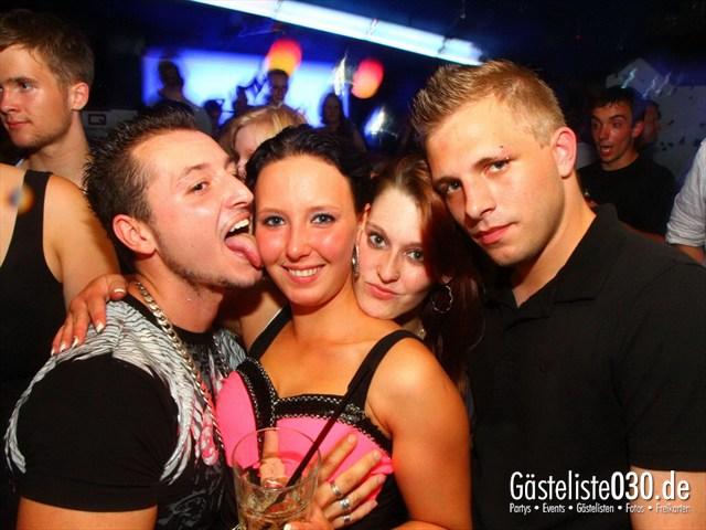 https://www.gaesteliste030.de/Partyfoto #223 Q-Dorf Berlin vom 18.07.2012