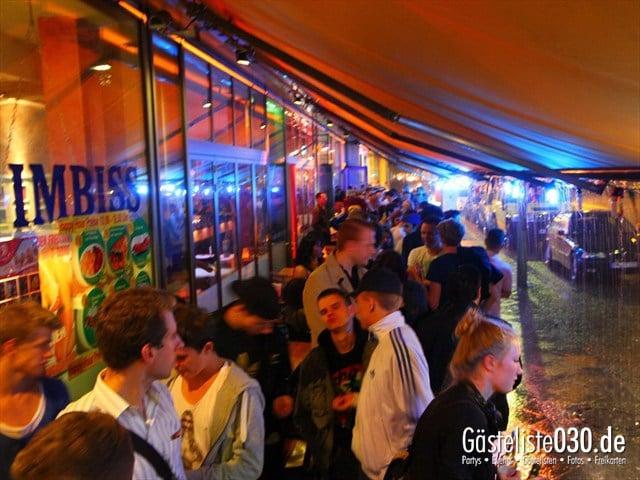 https://www.gaesteliste030.de/Partyfoto #29 Q-Dorf Berlin vom 18.07.2012