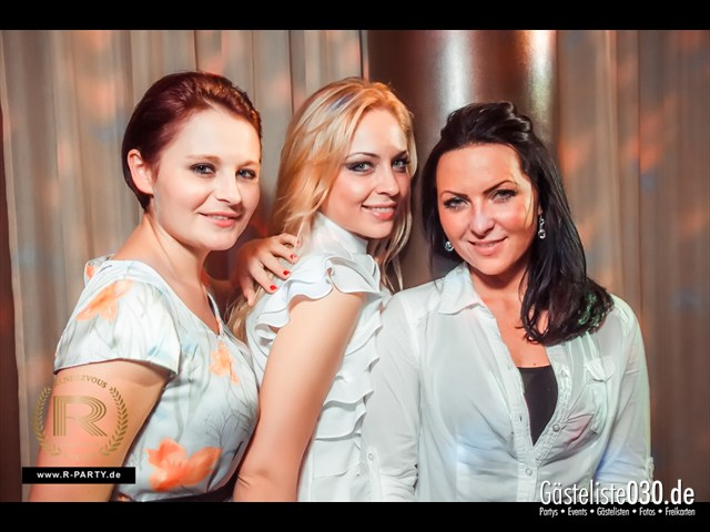 https://www.gaesteliste030.de/Partyfoto #9 Cascade Berlin vom 10.11.2012