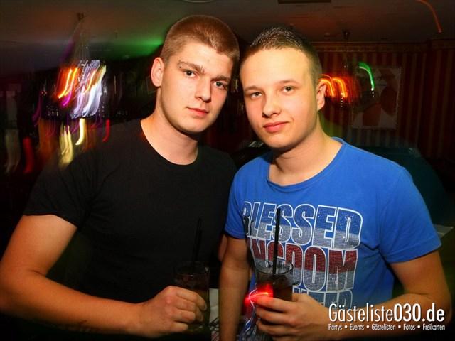 https://www.gaesteliste030.de/Partyfoto #239 Q-Dorf Berlin vom 18.10.2012