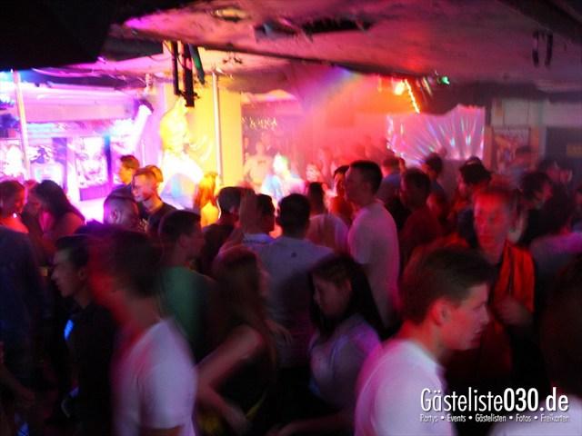 https://www.gaesteliste030.de/Partyfoto #186 Q-Dorf Berlin vom 18.10.2012