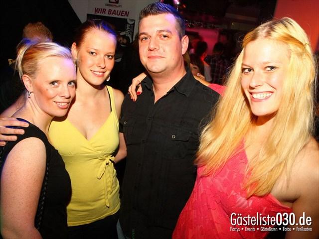 https://www.gaesteliste030.de/Partyfoto #102 Q-Dorf Berlin vom 18.10.2012