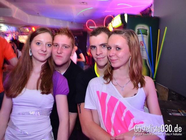 https://www.gaesteliste030.de/Partyfoto #108 Q-Dorf Berlin vom 18.10.2012
