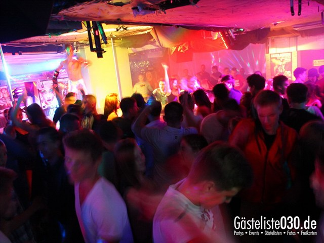 https://www.gaesteliste030.de/Partyfoto #125 Q-Dorf Berlin vom 18.10.2012