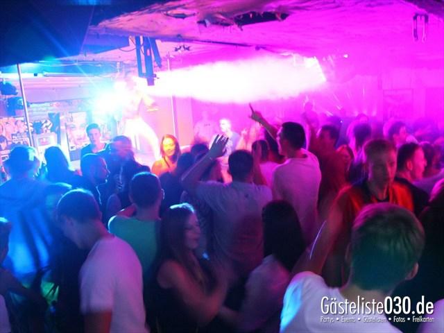 https://www.gaesteliste030.de/Partyfoto #121 Q-Dorf Berlin vom 18.10.2012
