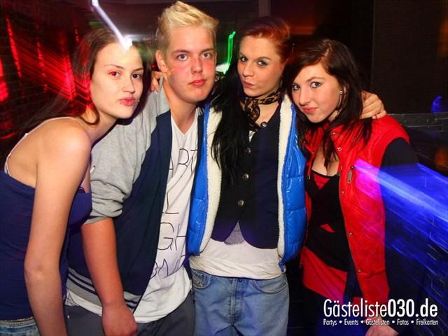 https://www.gaesteliste030.de/Partyfoto #100 Q-Dorf Berlin vom 18.10.2012