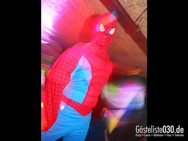 https://www.gaesteliste030.de/Partyfoto #160 Q-Dorf Berlin vom 18.10.2012