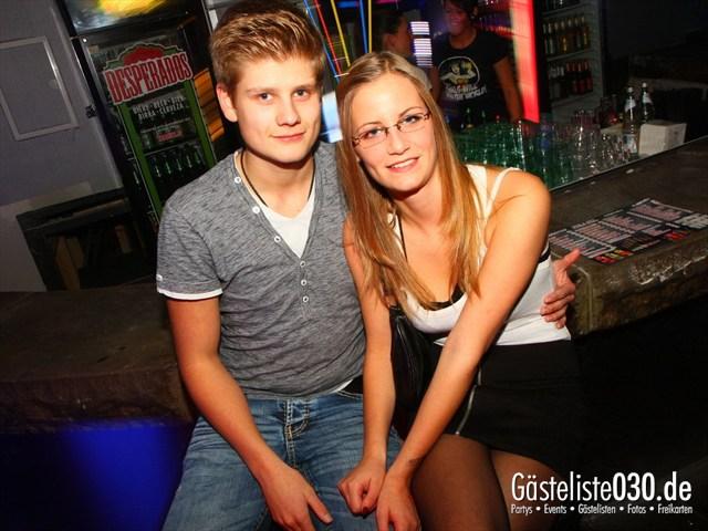 https://www.gaesteliste030.de/Partyfoto #199 Q-Dorf Berlin vom 18.10.2012