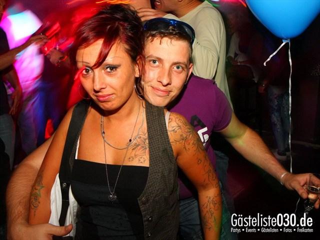 https://www.gaesteliste030.de/Partyfoto #195 Q-Dorf Berlin vom 18.10.2012