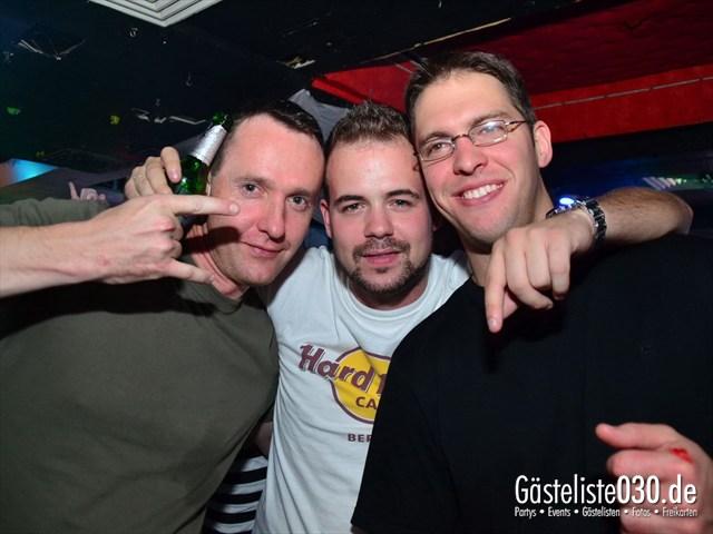 https://www.gaesteliste030.de/Partyfoto #158 Q-Dorf Berlin vom 18.10.2012