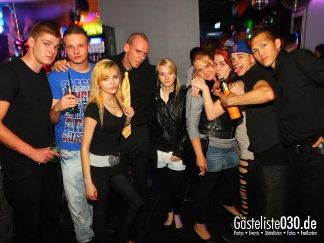 https://www.gaesteliste030.de/Partyfoto #99 Q-Dorf Berlin vom 18.10.2012