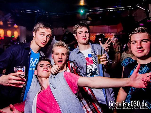 https://www.gaesteliste030.de/Partyfoto #56 Maxxim Berlin vom 11.06.2012