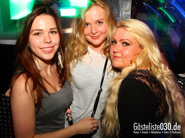 https://www.gaesteliste030.de/Partyfoto #151 Q-Dorf Berlin vom 06.10.2012