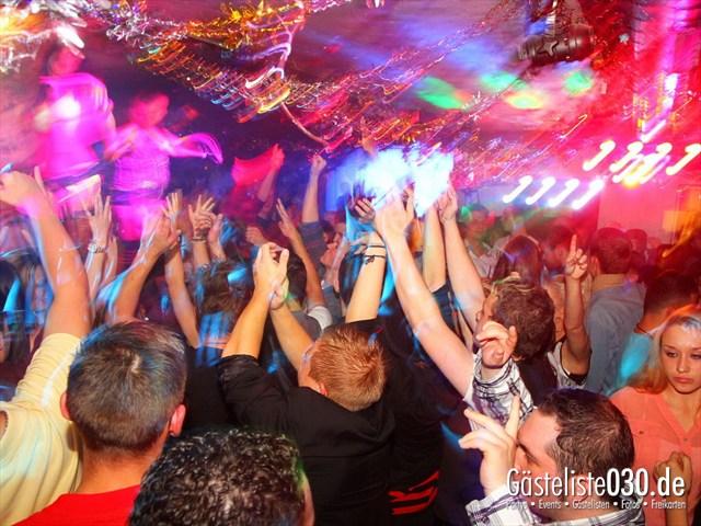 https://www.gaesteliste030.de/Partyfoto #27 Q-Dorf Berlin vom 06.10.2012