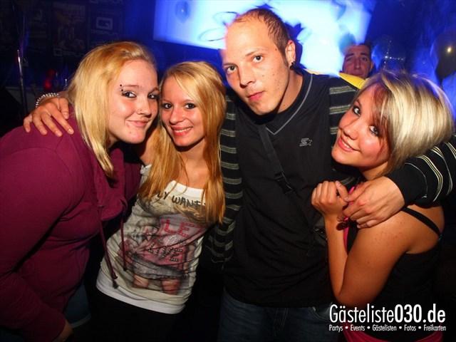 https://www.gaesteliste030.de/Partyfoto #61 Q-Dorf Berlin vom 06.10.2012