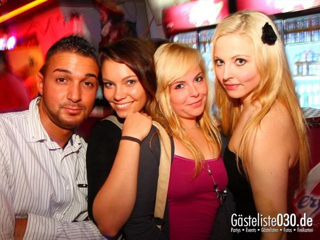 https://www.gaesteliste030.de/Partyfoto #38 Q-Dorf Berlin vom 06.10.2012