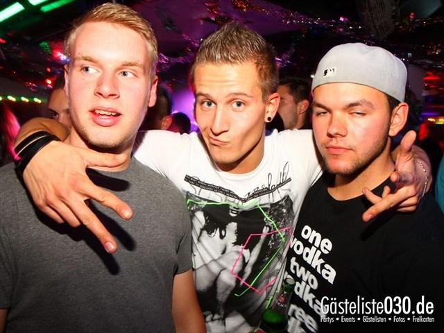 https://www.gaesteliste030.de/Partyfoto #130 Q-Dorf Berlin vom 06.10.2012