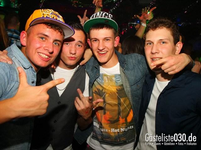 https://www.gaesteliste030.de/Partyfoto #192 Q-Dorf Berlin vom 06.10.2012