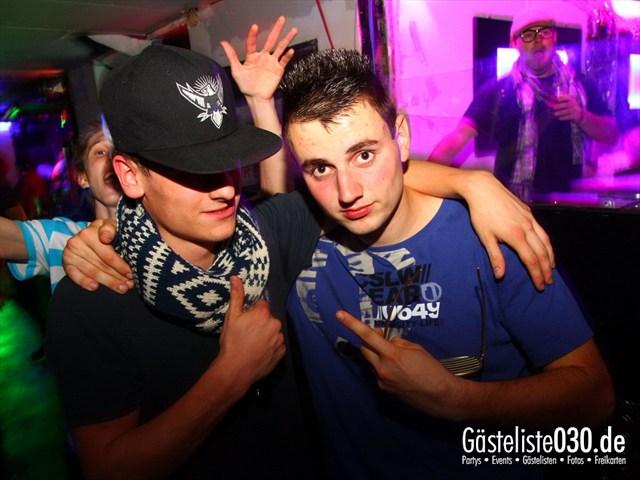 https://www.gaesteliste030.de/Partyfoto #240 Q-Dorf Berlin vom 05.10.2012