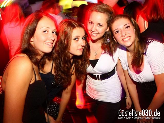 https://www.gaesteliste030.de/Partyfoto #209 Q-Dorf Berlin vom 05.10.2012
