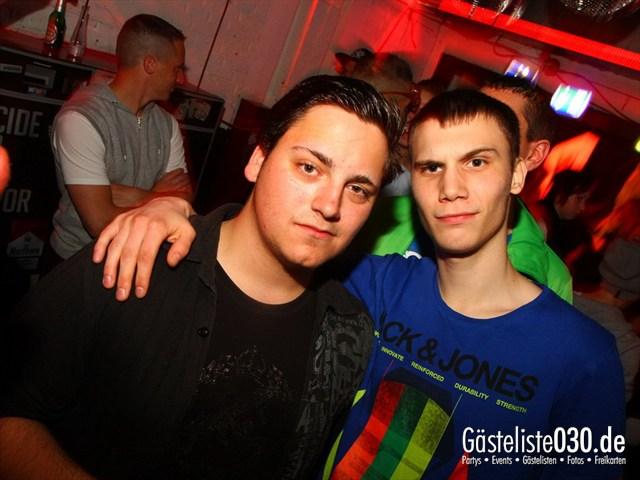 https://www.gaesteliste030.de/Partyfoto #110 Q-Dorf Berlin vom 05.10.2012